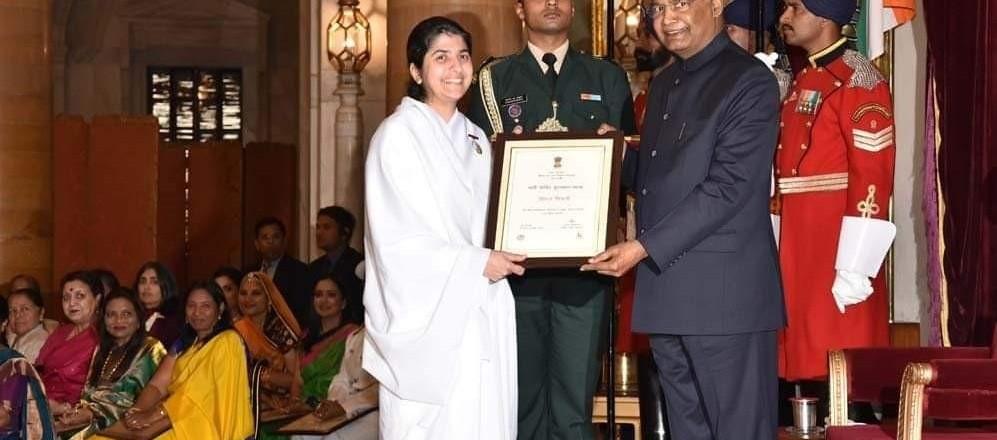 shivani award